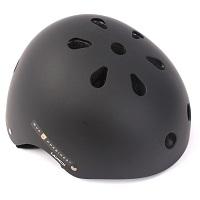Helme / Protektoren